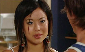Lori Lee in Neighbours Episode 4477