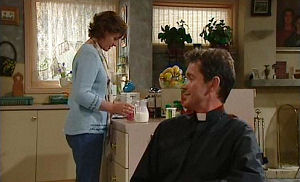 Susan Kennedy, Tom Scully in Neighbours Episode 4483