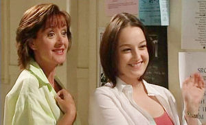 Susan Kennedy, Karen Buckley in Neighbours Episode 4484