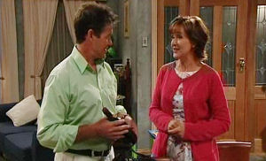 Tom Scully, Susan Kennedy in Neighbours Episode 4488