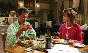 Tom Scully, Susan Kennedy in Neighbours Episode 4489
