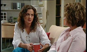 Liljana Bishop, Lyn Scully in Neighbours Episode 4490