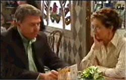 Alex Kinski, Susan Kennedy in Neighbours Episode 4834