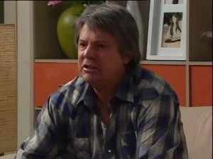 Joe Mangel in Neighbours Episode 4838