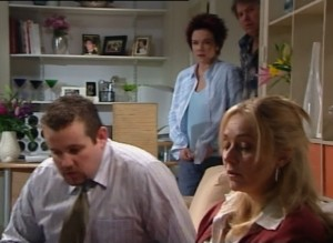 Toadie Rebecchi, Lyn Scully, Janelle Timmins in Neighbours Episode 4839