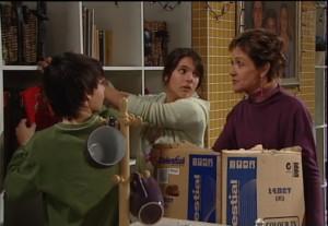 Zeke Kinski, Rachel Kinski, Susan Kennedy in Neighbours Episode 4869