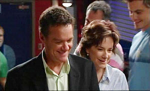 Paul Robinson, Lyn Scully, Karl Kennedy, Ned Parker in Neighbours Episode 4981