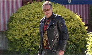 Karl Kennedy in Neighbours Episode 4981
