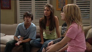 Zeke Kinski, Rachel Kinski, Bree Timmins, Anne Baxter in Neighbours Episode 5040
