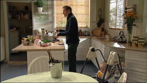 Max Hoyland, Charlie Hoyland in Neighbours Episode 5041
