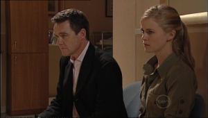 Elle Robinson, Paul Robinson in Neighbours Episode 5043