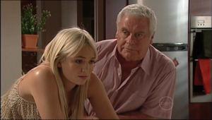 Sky Mangel, Lou Carpenter in Neighbours Episode 5044