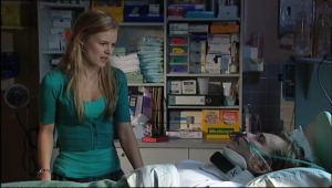 Elle Robinson, Cameron Robinson in Neighbours Episode 5047