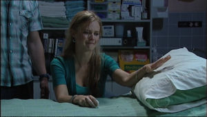 Elle Robinson in Neighbours Episode 5048