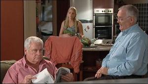 Lou Carpenter, Sky Mangel, Harold Bishop in Neighbours Episode 5049