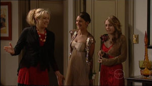 Janelle Timmins, Rachel Kinski, Anne Baxter in Neighbours Episode 5055