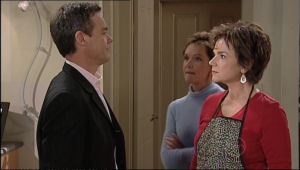 Lyn Scully, Paul Robinson, Susan Kennedy in Neighbours Episode 5056