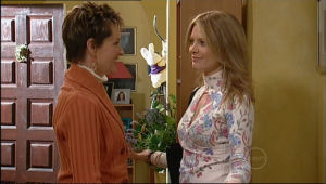 Susan Kennedy, Izzy Hoyland in Neighbours Episode 5057