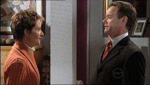 Paul Robinson, Susan Kennedy in Neighbours Episode 5057