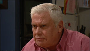 Lou Carpenter in Neighbours Episode 5059