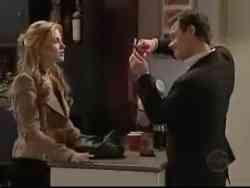 Elle Robinson, Paul Robinson in Neighbours Episode 5061
