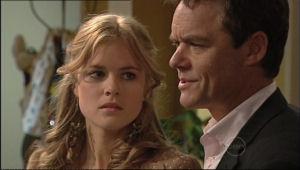 Paul Robinson, Elle Robinson in Neighbours Episode 5062