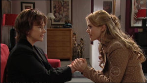 Lyn Scully, Elle Robinson in Neighbours Episode 5062