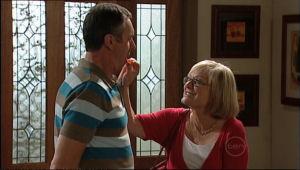Karl Kennedy, Dr Dorothy Little in Neighbours Episode 5063