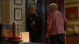 Loris Timmins, Lou Carpenter in Neighbours Episode 5065