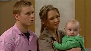 Boyd Hoyland, Steph Scully, Charlie Hoyland in Neighbours Episode 5067