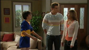 Zeke Kinski, Ned Parker, Katya Kinski in Neighbours Episode 5068