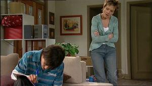 Zeke Kinski, Susan Kennedy in Neighbours Episode 5069