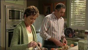 Susan Kennedy, Karl Kennedy in Neighbours Episode 5070