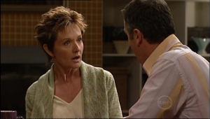 Susan Kennedy, Karl Kennedy in Neighbours Episode 5072
