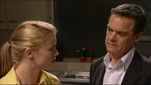 Elle Robinson, Paul Robinson in Neighbours Episode 5073