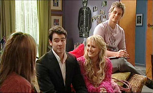 Katya Kinski, Frazer Yeats, Pepper Steiger, Ned Parker in Neighbours Episode 5074
