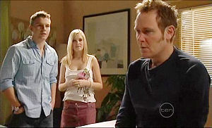 Boyd Hoyland, Janae Timmins, Max Hoyland in Neighbours Episode 5074