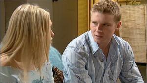 Boyd Hoyland, Janae Timmins in Neighbours Episode 5077