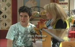 Stingray Timmins, Loris Timmins in Neighbours Episode 5079