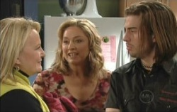 Loris Timmins, Janelle Timmins, Dylan Timmins in Neighbours Episode 5079