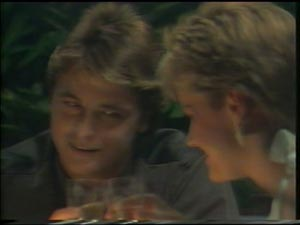 Daphne Lawrence, Shane Ramsay in Neighbours Episode 0002