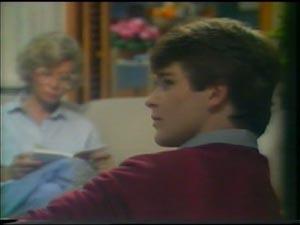 Helen Daniels, Scott Robinson in Neighbours Episode 0004