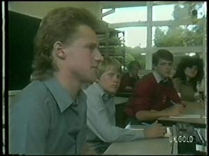 Eddie Sherwin, Scott Robinson in Neighbours Episode 0005