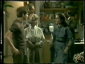 Scott Robinson, Jim Robinson, Helen Daniels, Marcia Taylor, Neil Taylor in Neighbours Episode 0006
