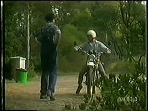 Max Ramsay, Danny Ramsay in Neighbours Episode 0007