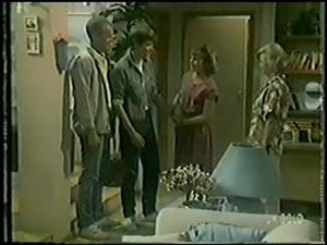 Jim Robinson, Scott Robinson, Julie Robinson, Helen Daniels in Neighbours Episode 0007