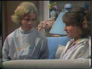 Helen Daniels, Julie Robinson in Neighbours Episode 0010