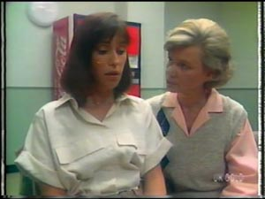 Maria Ramsay, Helen Daniels in Neighbours Episode 0010