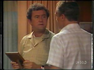 Max Ramsay, Jim Robinson in Neighbours Episode 0011