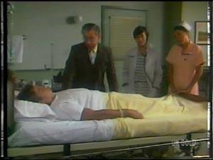 Shane Ramsay, Dr Rowlands, Dr Lockyer, Nurse Stevens in Neighbours Episode 0011
